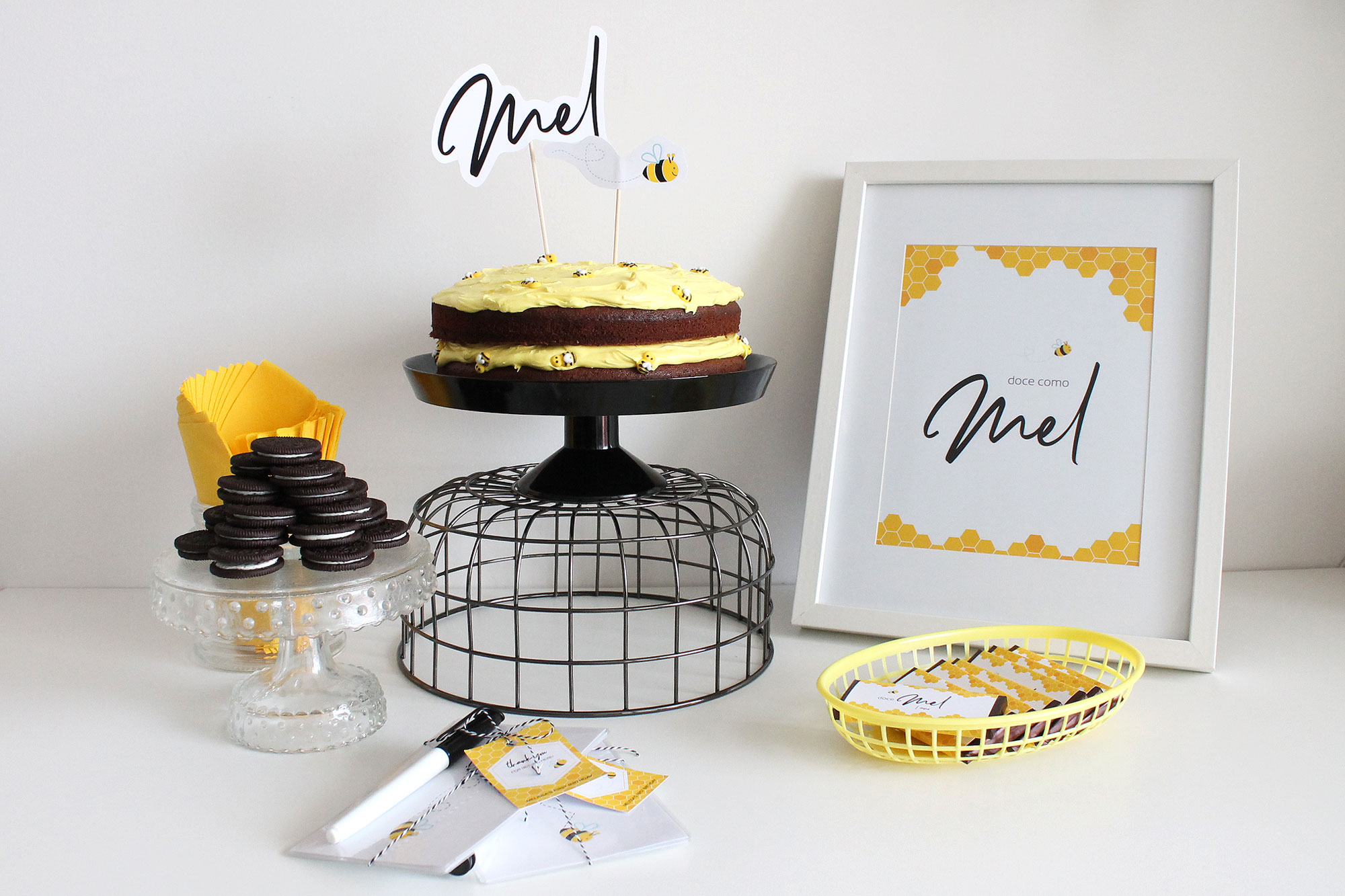 Bee Party table decoration