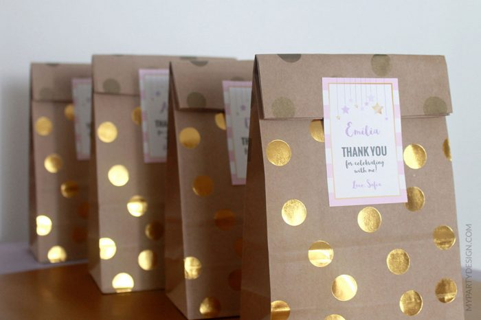 girl first birthday party favors