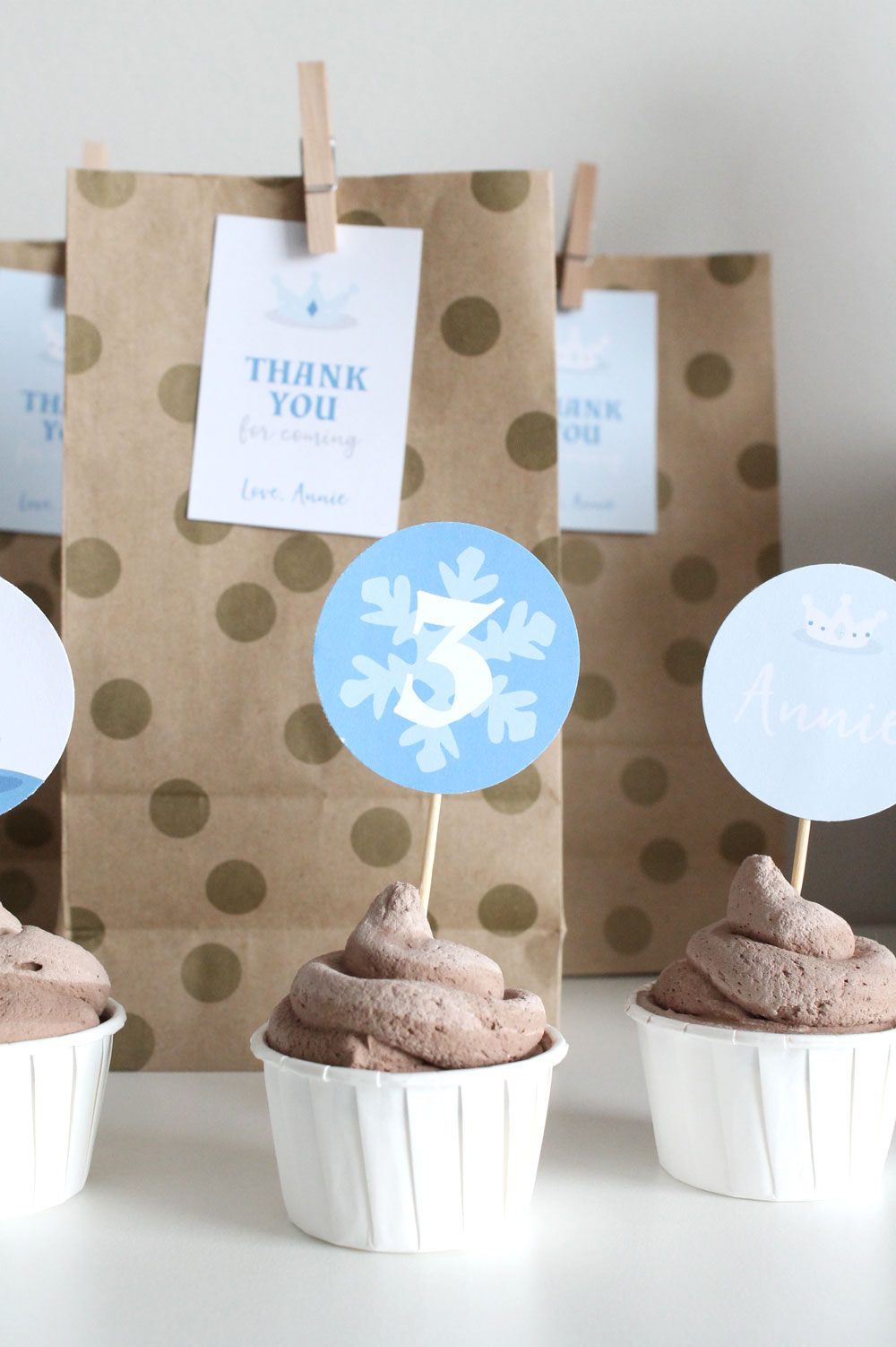 Ice Princess party cupcakes and party bags