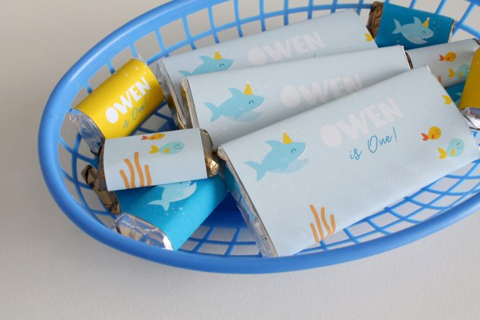 shark party chocolate favors